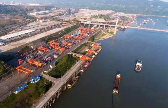 2017年4月14日航拍的重庆果园港
