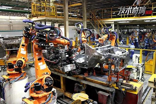 奇瑞工厂车身焊接图.jpg