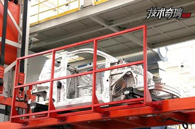 铝合金焊接完成后就被直接送往总装车间。.jpg