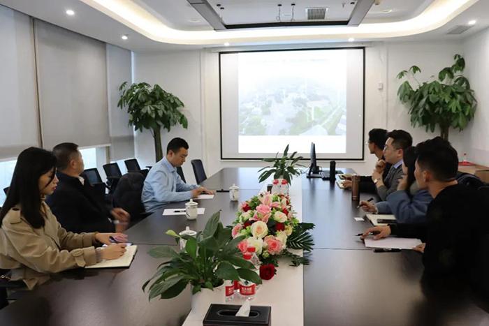 四川铁投、中金国建莅临西南伙伴行考察4.jpg