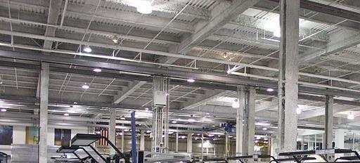 厂房装修实景:钢结构厂房车间装修图片