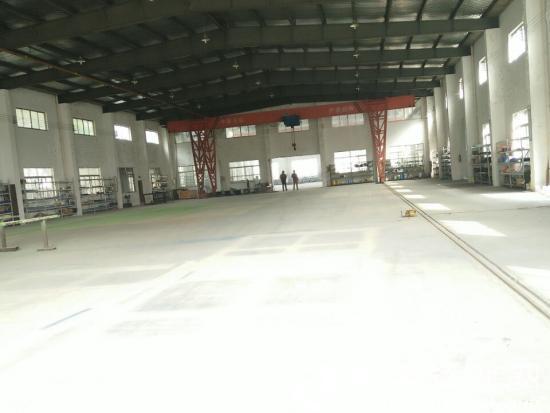 苏州保税区单层厂房出租1800平米