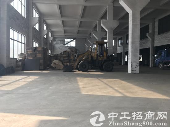 东港2300平米厂房可分租,独立大门,有行车