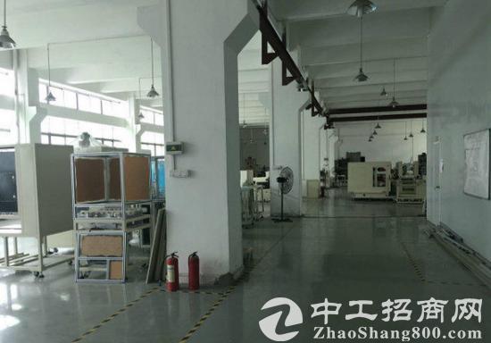 常平工业区一楼2100平米高6.5米厂房招租