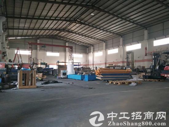 龙岗坪山新区石井社区钢构厂房2480平米滴水位10米低价出租