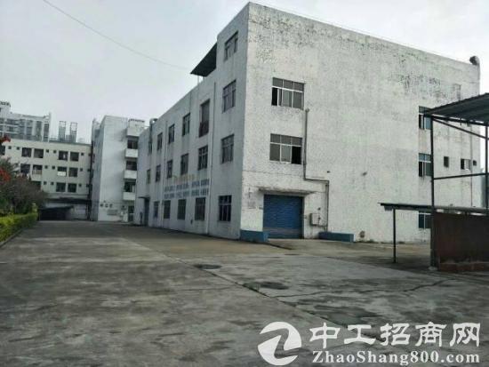 独院标准厂房1-3层3000平方,宿舍1200平方,电250KVA