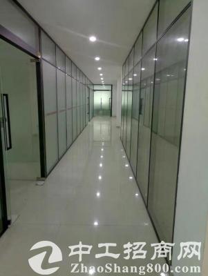 豪华装修玻璃南城某厂房改写字楼厂房面积6500平方,面积大小都有
