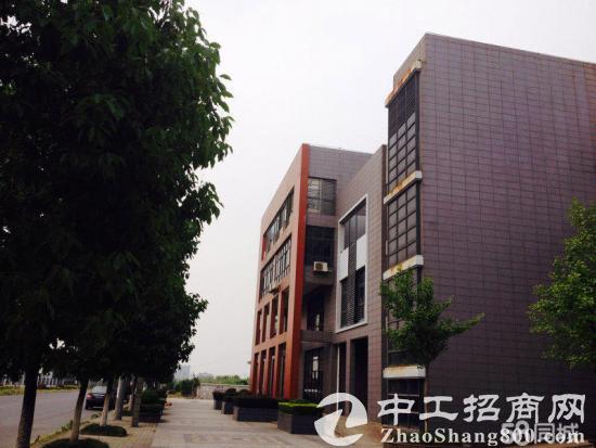 松江区泗砖南路288弄 989㎡双拼4层带电梯厂房出售