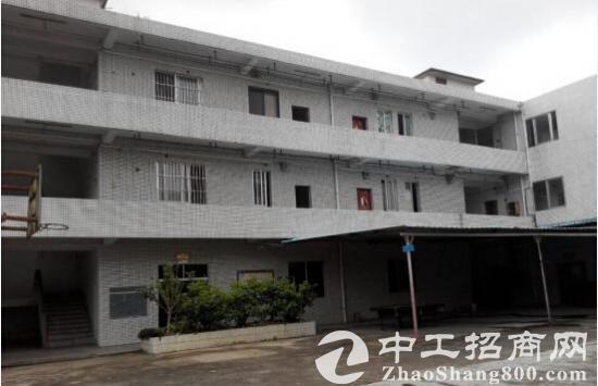 南京附近16000平米证件齐全厂房低价出售