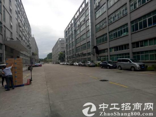 西丽靠白芒关红本厂房整层6600平方招租