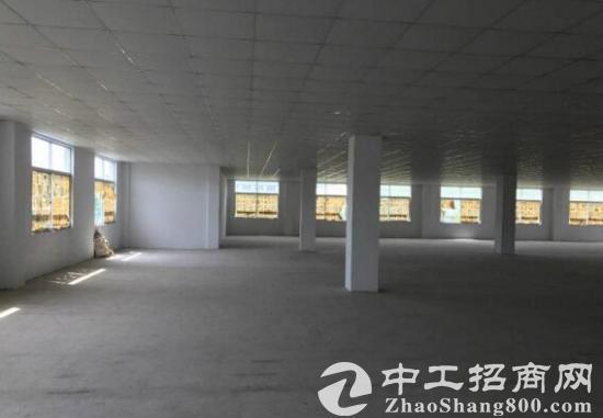 江阴新桥镇三楼1500方,带有办公室