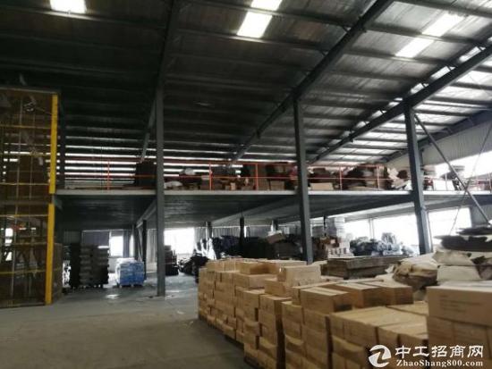 上海周边 8100平钢结构厂房 层高9M 无污染企业