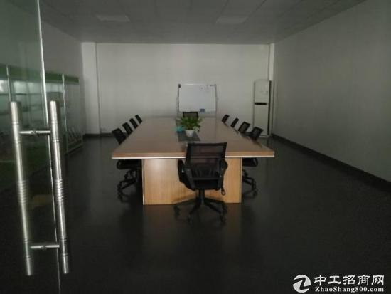 龙岗爱联地铁站一楼标准厂房1200平带装修,可分租-图3