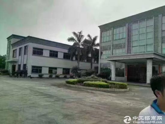 东莞黄江镇靠深圳8500平米国有证厂房低价
