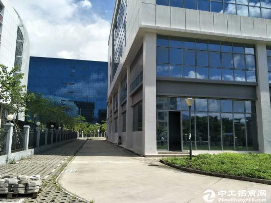 坪山新区大工业区新出楼上500平厂房招租可分租