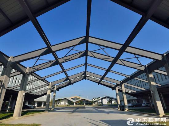 正规的工业厂房,三层框架结构,8000平