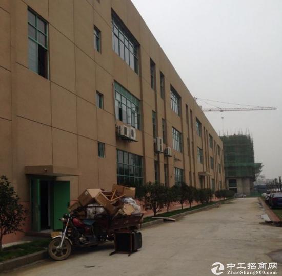 方兴大道与青龙潭路交口3000平方框架结构厂房出租