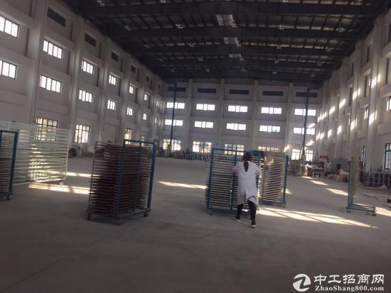 青浦工业园2550平方标准单层厂房