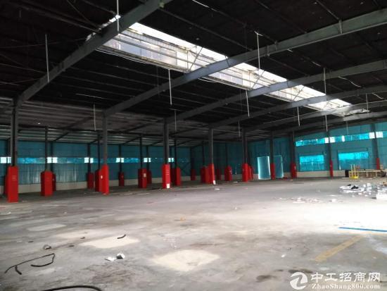 2400平钢架结构厂房
