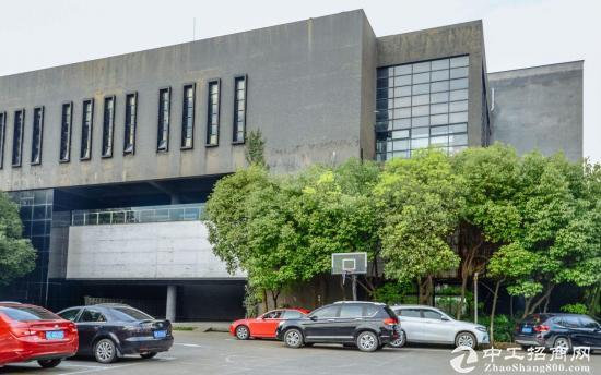 苏州周边影视传媒产业园新出花园式办公厂房招租