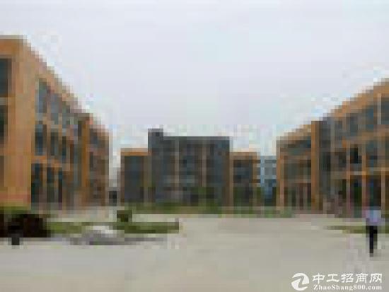 凤岗雁田原房东一楼840平方高6米面积实在
