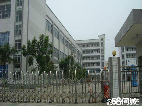 平湖华南城南门新木一楼500平高6米