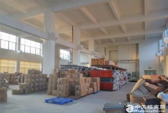 东莞石碣标准厂房一楼面积900方