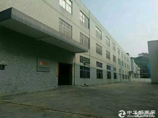 龙华大浪新百丽附近一楼高度5.5 厂房 650平米-图3