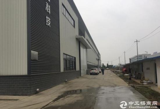 成龙大道经开区500平米带行车厂库房出租