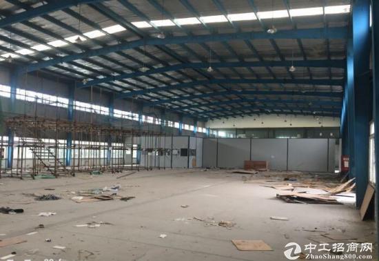 郫县工业园区7000平米独门独院厂房出租