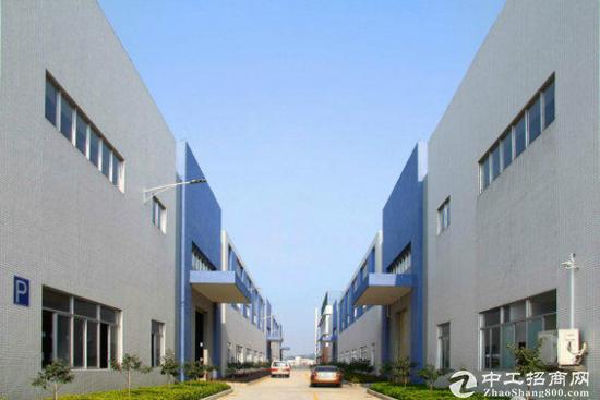 鹤山独栋厂房6000平方米,9米砖墙带牛腿,宿舍配套