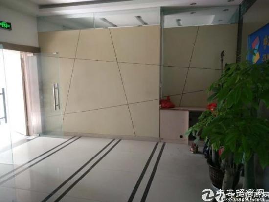 龙华布龙路旁700平精装修厂房招租-图2