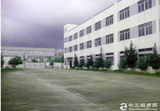 沙井共和工业区标准厂房一楼分租1000平米-图2