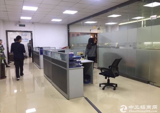 福永沿江高速口新出楼上900平米精装修厂房招租-图11
