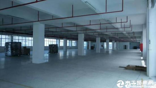 龙岗地铁口新出2500平一楼厂房