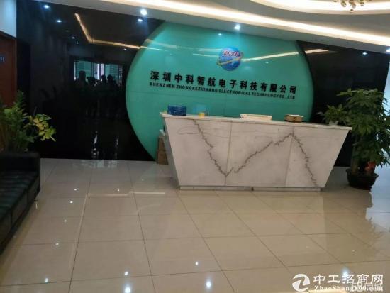 福永新和新出二楼1100平米带装修招租厂房出租