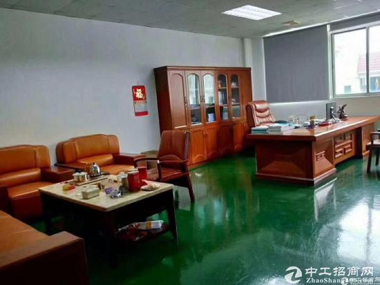 龙华清湖地铁口单层2100平共4200平,可分租-图2