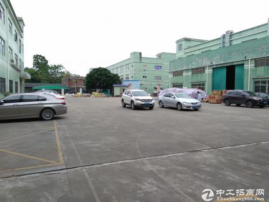 坪山六联社区宝山第四工业区标准厂房1楼350平招租-图2