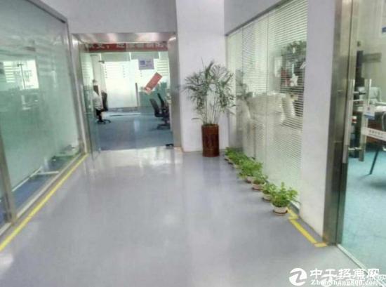 东莞厚街镇高速路口附近八成新独院8500平方厂房
