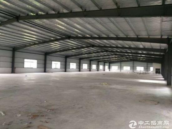 龙岗 坪地 钢构厂房2500平方出租,滴水7米 高速出口
