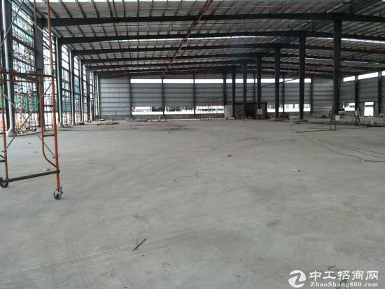 观澜牛湖独院钢构厂房3600平,水电齐全