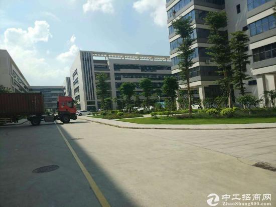 深圳花园式厂房35000平方业主低价急售产权清晰无纠纷