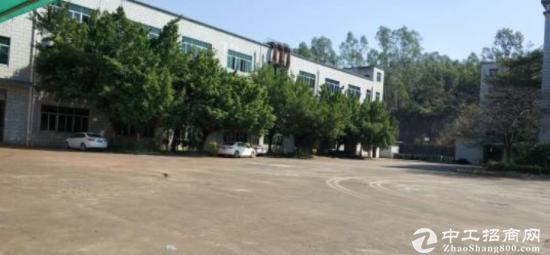 深圳龙岗独门独院厂房形象好空地大交通便利