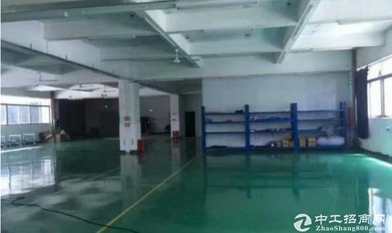 深圳横岗地铁站附近2楼1800平带装修出租