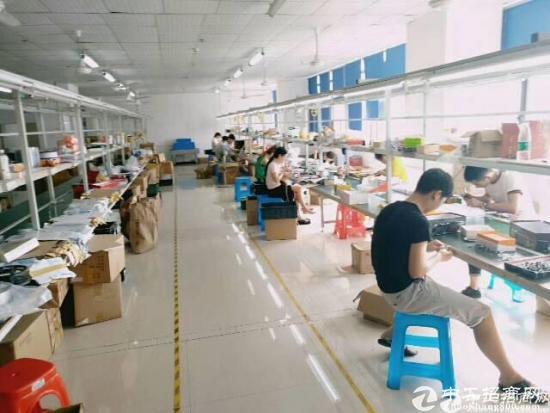 福永沿江高速出口附近新出楼上2600豪华装修出租-图2