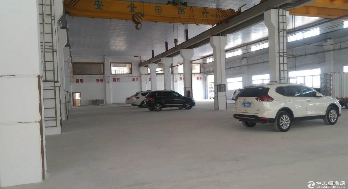 急租东城柏洲边新岀钢构3000平带精装修厂房招租