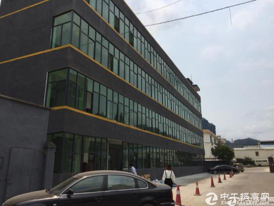 横岗六约楼上精装修1380平米厂房出租