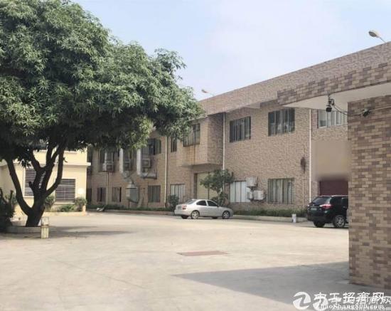 厚街镇新塘工业区800方全新带地坪漆厂房出租
