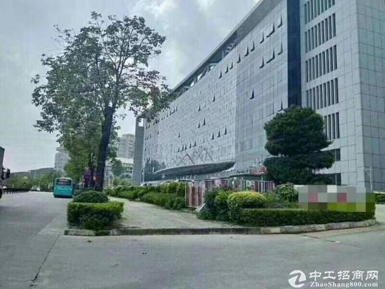坪山大工业区花园式厂房三楼900平方招租