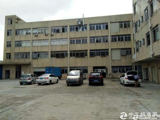 坪山坑梓三楼红本厂房600平方招租。